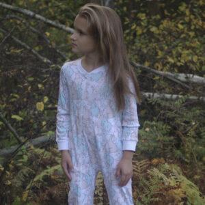 Пижамы, слипы, костюмы